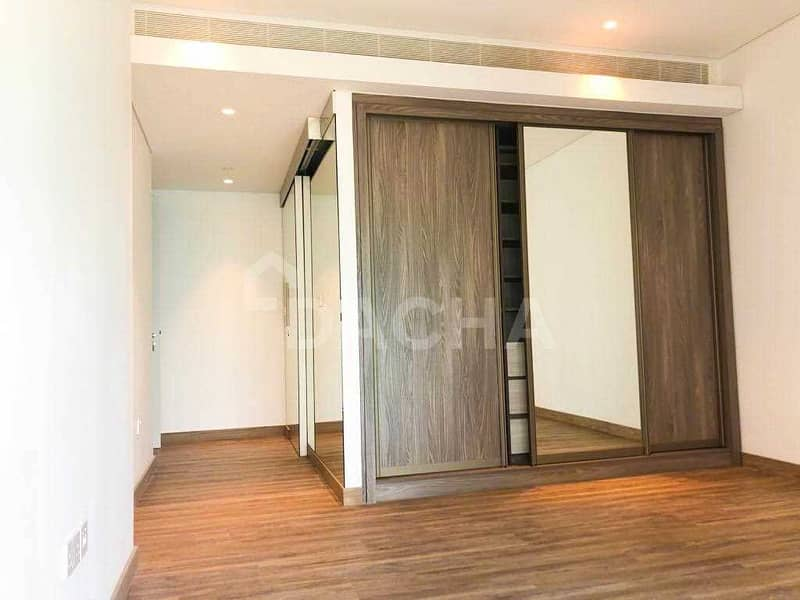 3 View Within One Hour / Brand New / Must See Unit