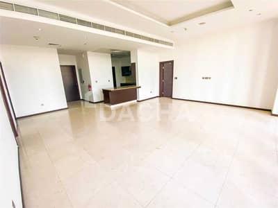 فلیٹ 2 غرفة نوم للبيع في نخلة جميرا، دبي - AQUA Bldg / High Floor / Vacant Now
