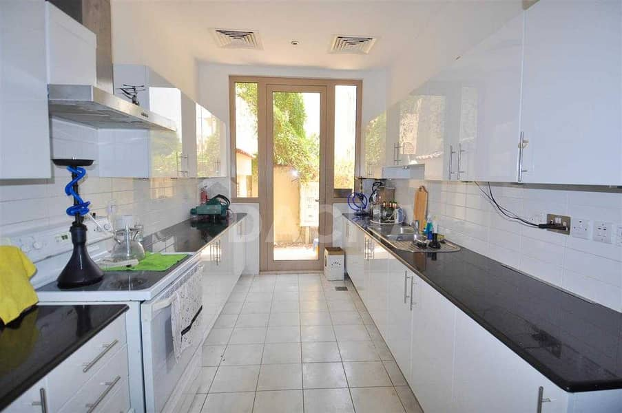 31 Spacious / 6 Bed / Great Deal: Type B