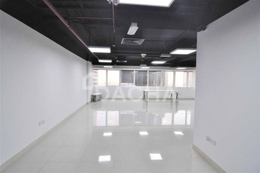 Fully Fitted office / Open Plan / Lake view