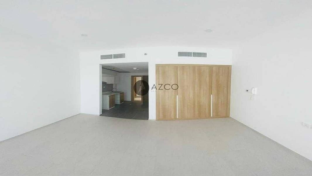 2 1 month free |Spacious unit | Near Miracle Garden