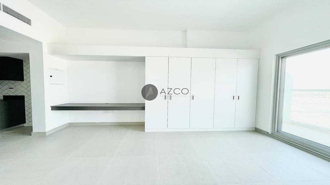2 Bright Interiors   Spacious unit   Modern design