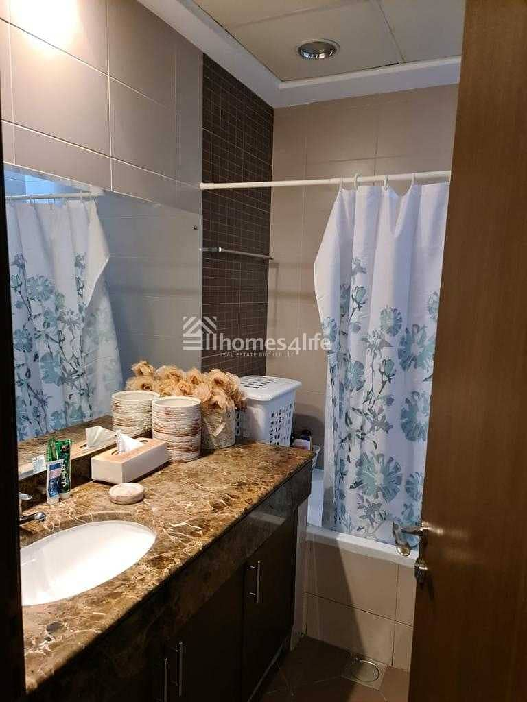22 Fully Upgraded 3BR Villa + Study + Family Room