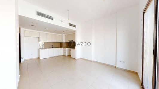 شقة 2 غرفة نوم للايجار في تاون سكوير، دبي - Top Floor   Spacious Living   Best location