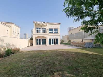 فیلا 2 غرفة نوم للبيع في قرية جميرا الدائرية، دبي - SPACIOUS DISTRICT 16 VILLA WITH A HUGE BACKYARD|GRAB YOUR KEYS NOW BEFORE ITS TOO LATE!!!