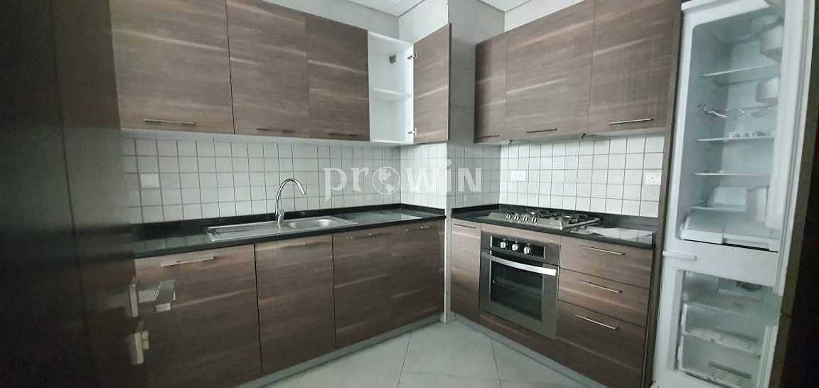 16 Brand New Huge 1 BR Semi Furnished    Prime Location   Great Amenities !!!