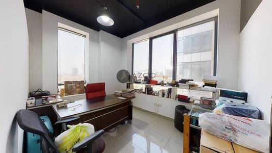 مکتب  للبيع في قرية جميرا الدائرية، دبي - Distress Deal | Luxurious Office | Pay today move tomorrow