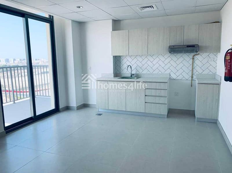 11 NO COMISSION : BRAND NEW  1 BEDROOM : MULTIPLE CHEQUES