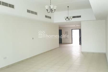 Bulk Unit for Rent in Al Quoz, Dubai - Looking for Executive Staff Accomodation