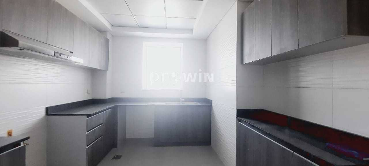 2 Huge Balcony  | Beautiful 1BR Apt | Brand New Building | 4 Cheques!!!