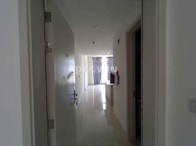 فلیٹ 2 غرفة نوم للايجار في قرية جميرا الدائرية، دبي - Clean & Well Maintained 2 BHK!!