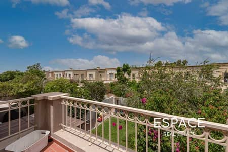 3 Bedroom Villa for Sale in The Springs, Dubai - Exclusive | Close to the Pool | Upgraded