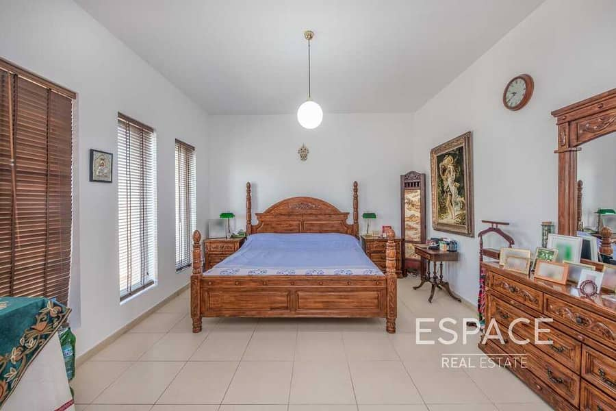 13 Excellent Type 11 with Golf Course View