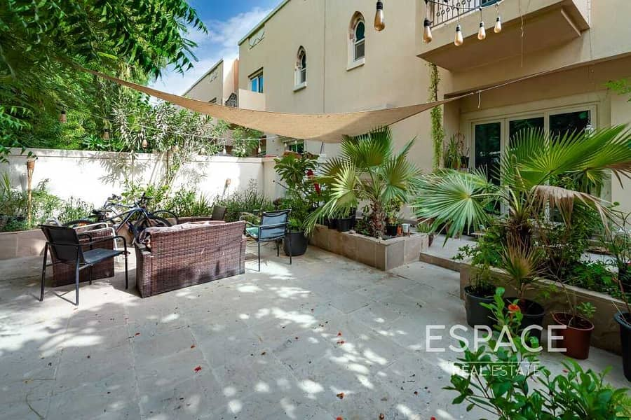 EXCLUSIVE TH1  4 Bed Townhouse   Estella