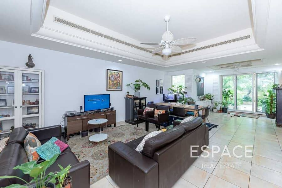 2 EXCLUSIVE TH1  4 Bed Townhouse   Estella