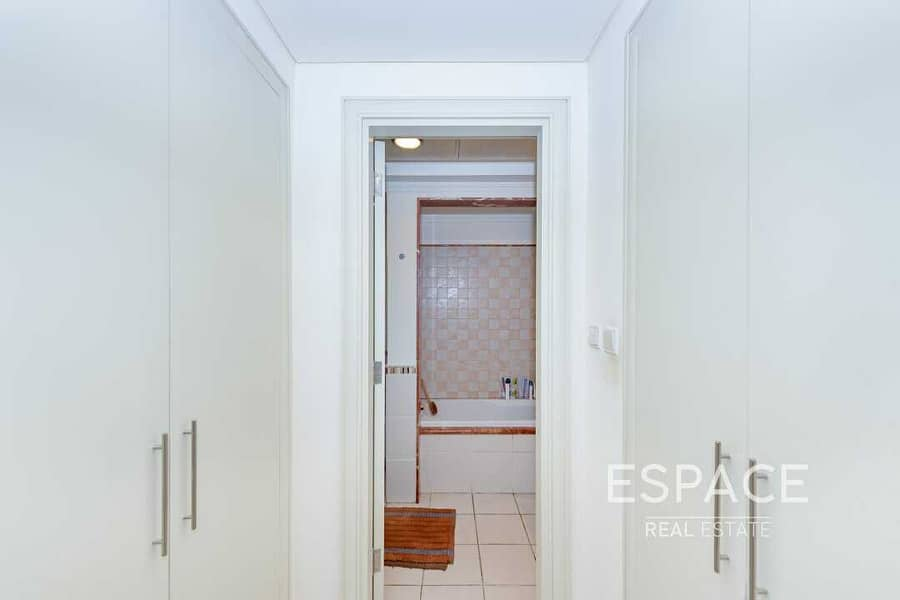 13 EXCLUSIVE TH1  4 Bed Townhouse   Estella