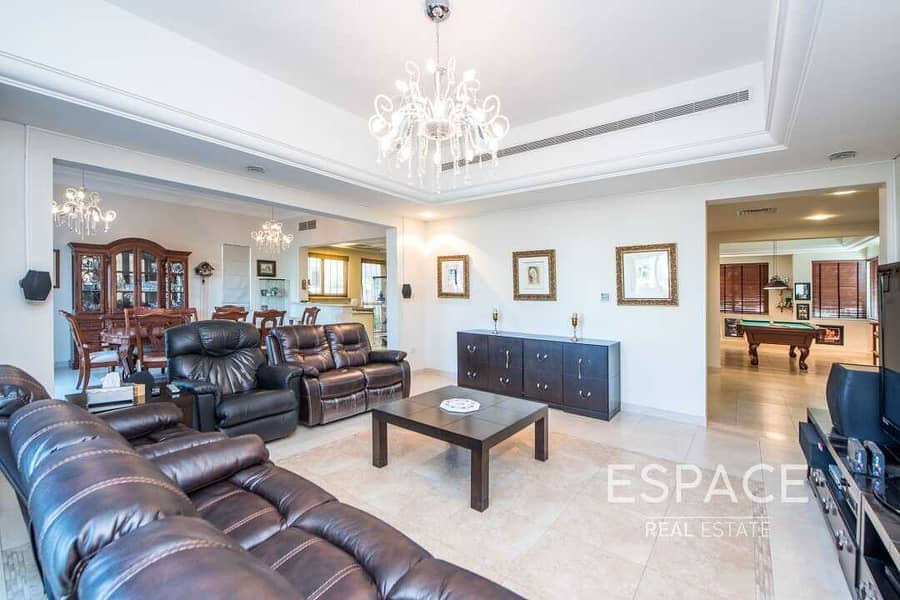 2 Immaculate-C1 Golf Course View-Exclusive