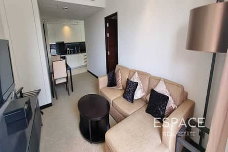 1 Bedroom Apartment for Sale in Dubai Marina, Dubai - One Bedroom Adress Marina Mall   Balcony
