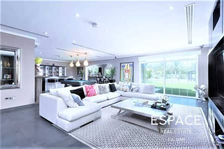 4 Bedroom Villa for Sale in Jumeirah Park, Dubai - Fully Upgraded | Extended | 4 Beds Legacy