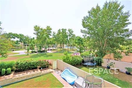 فیلا 3 غرف نوم للبيع في الينابيع، دبي - Exclusive | Park View | Landscaped Garden