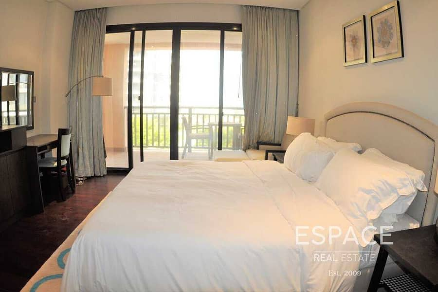 12 Resort Faclities Included 2 Bed Furnished 20 Days Free