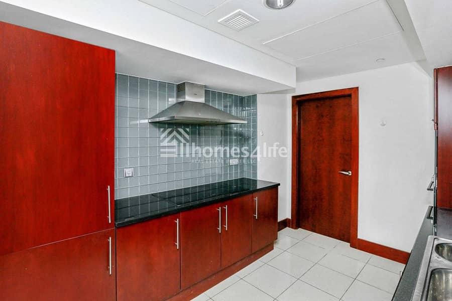 21 Spacious 1 Bedroom Duplex in WTCR
