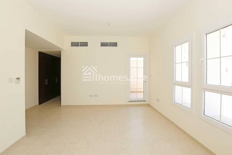 2 Vacant || Spacious || 2BR + Study