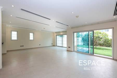 4 Bedroom Villa for Rent in Jumeirah Park, Dubai - Vacant - Close to Local Aminities - Quiet Location