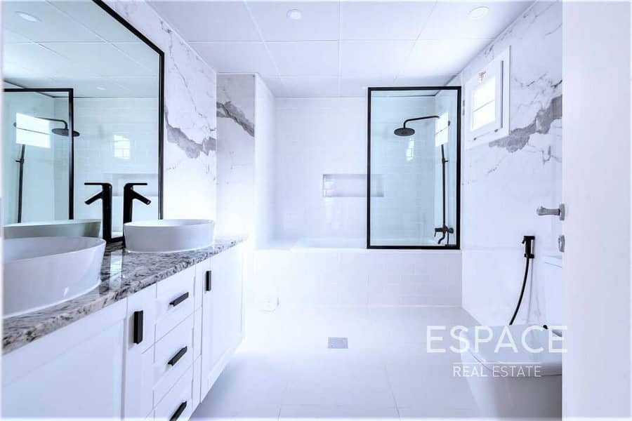 13 Exclusive  Upgraded  Ground Floor Bedroom