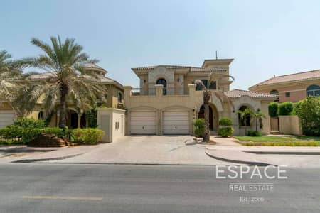4 Bedroom Villa for Rent in Palm Jumeirah, Dubai - Outstanding Unfurnished - Atrium Entry
