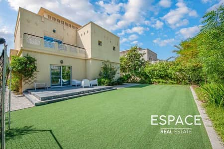4 Bedroom Villa for Sale in The Lakes, Dubai - Large Landscaped Garden | Close to Park and Pool