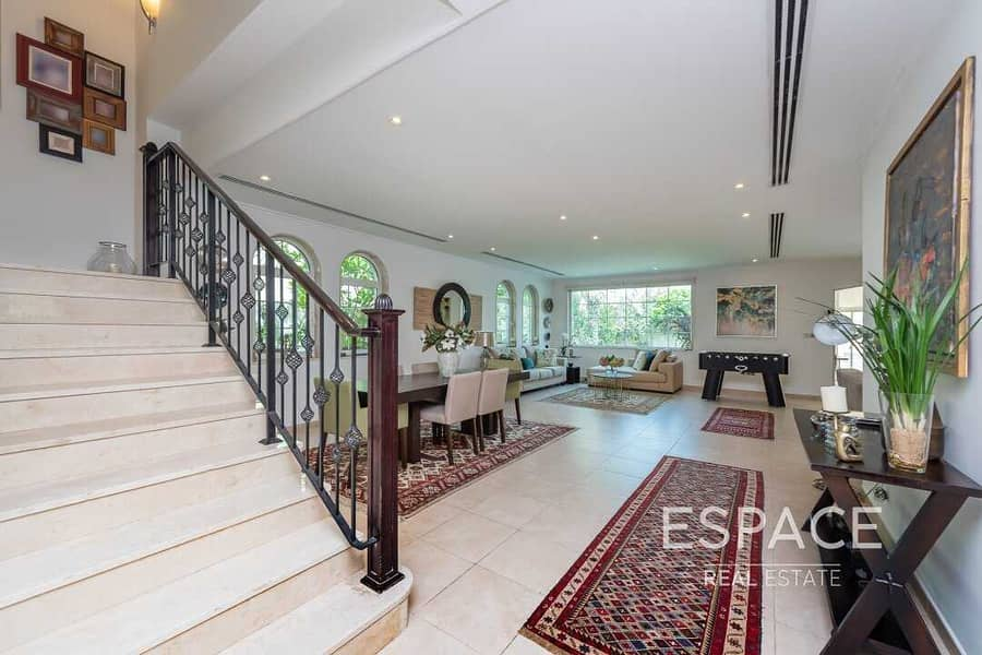 2 Legacy 4 Beds Large | Upgraded/Extended