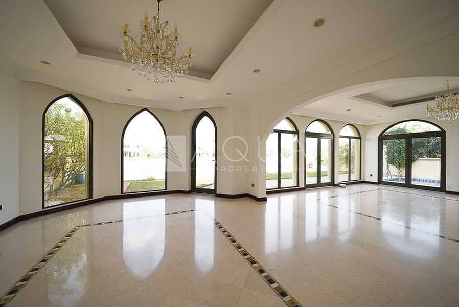2 High Number | Atrium Entry | Immaculate
