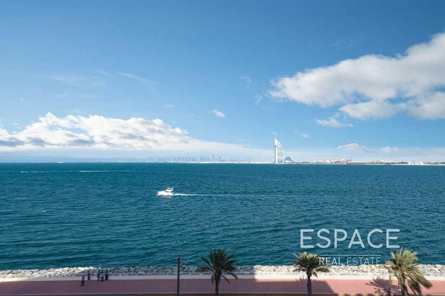 2 Spacious Beachfront Luxury Apartment