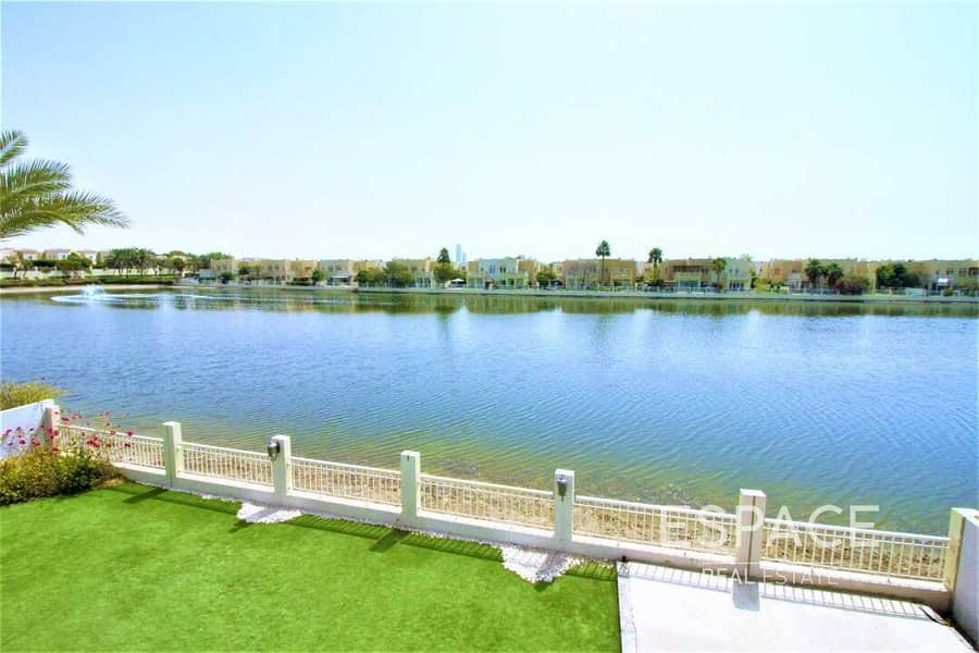 2 Exclusive | Lake Views | Detached Villa