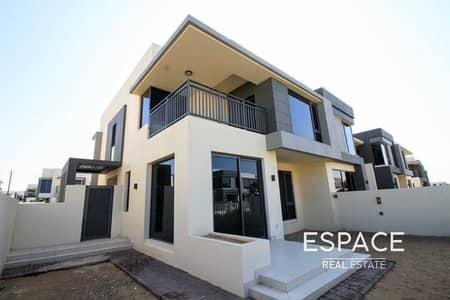5 Bedroom Villa for Sale in Dubai Hills Estate, Dubai - Main Green Belt Close to Park & Pool