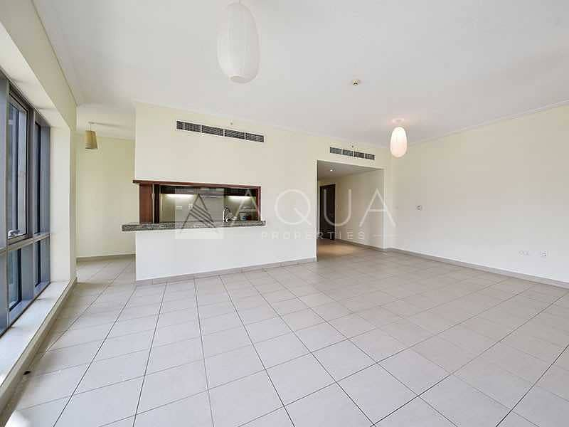 Spacious 1 Bed   Unfurnished    Immaculate