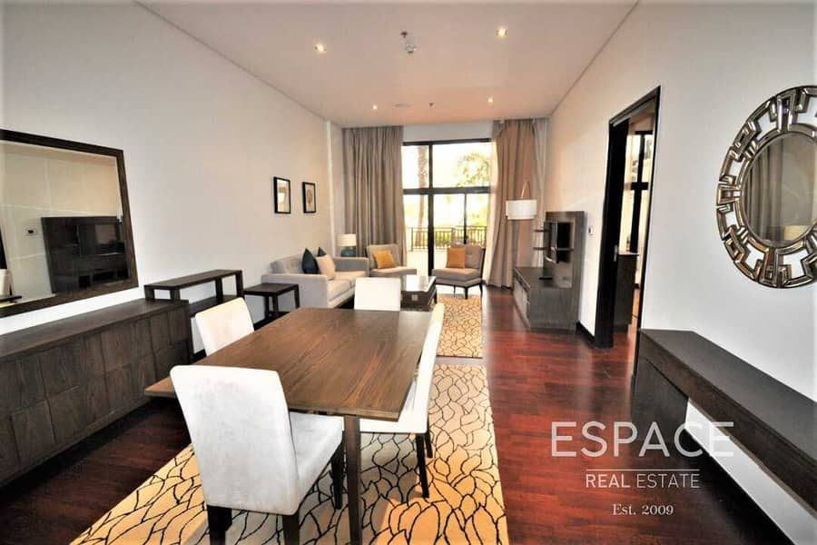 2 Luxurious 1 Bed  with Sea View Fully Furnished