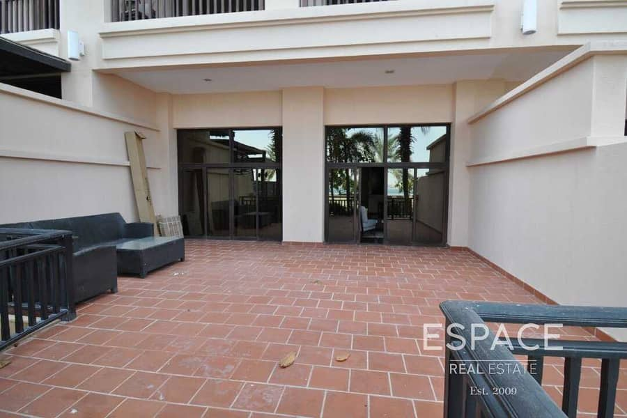 12 Luxurious 1 Bed  with Sea View Fully Furnished