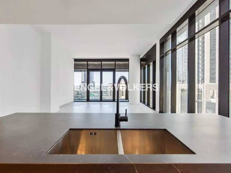 2 Brand New    Award-Winning Modern Design