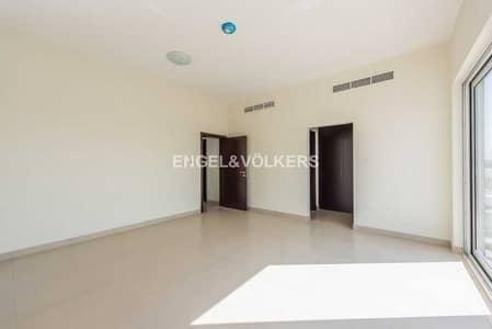 تاون هاوس 3 غرف نوم للبيع في المدينة العالمية، دبي - Club Facing|Single Row Townhouse|Best Price