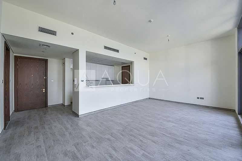 Spacious Layout | High Floor | 2 car parking