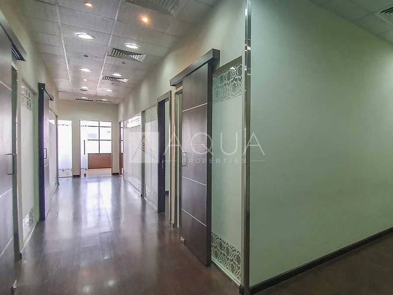 10 Fitted   Partitioned Office   Near Metro