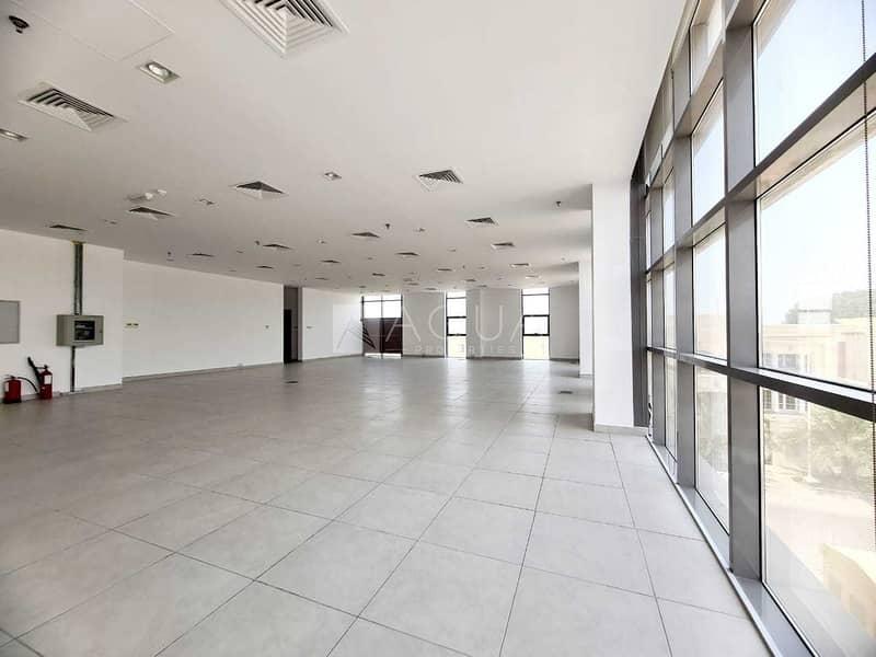Premium Office   Open Space   Along SZR