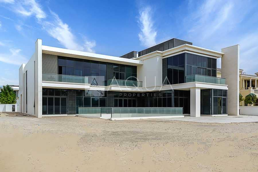 2 Large Resale Mansion In Street of Dreams