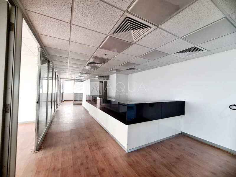 7 Partitions | Close to Metro | Shk Zayed Rd