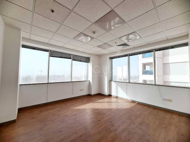 2 7 Partitions | Close to Metro | Shk Zayed Rd