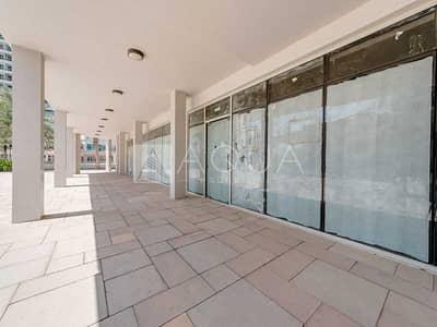 محل تجاري  للبيع في أبراج بحيرات الجميرا، دبي - Vacant   Amazing Retail Shop   Shell and Core