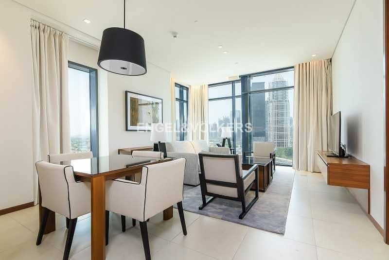 Fully Furnished  Luxurious   Spacious Layout