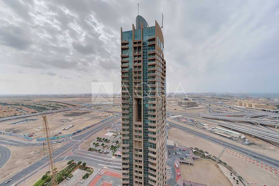 15 High Floor   Brand New 1 Bed + Study Apartment